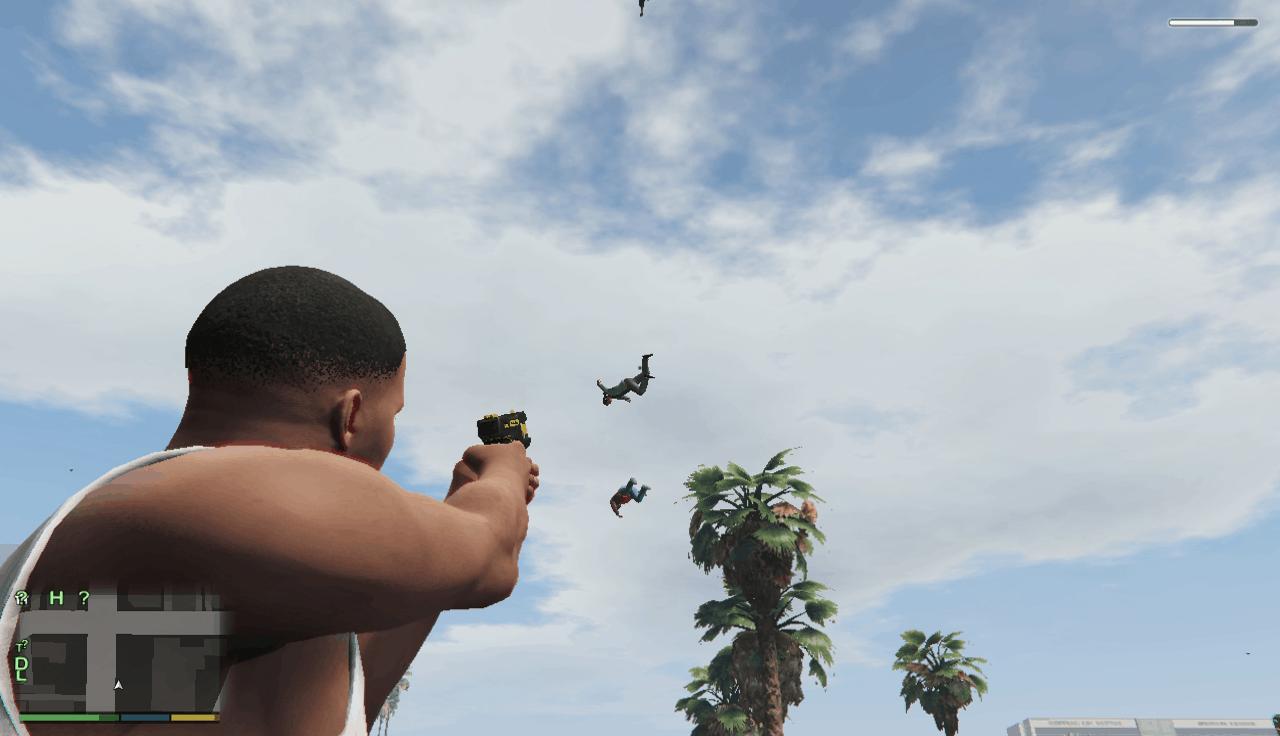Best GTA 5 Mods - Gravity Gun
